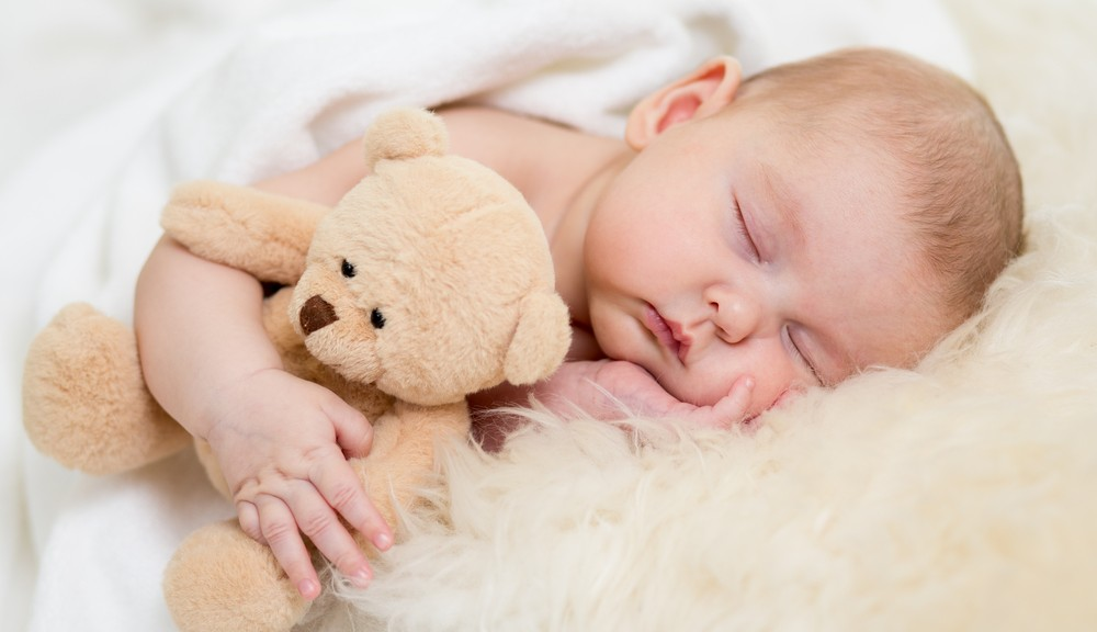 Ideal Sleeping Temperature For Infants – Does My Nursery Need AC?
